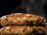【肉の日割引】あふれる肉汁「ビーフバーグマウンテン」ガスト