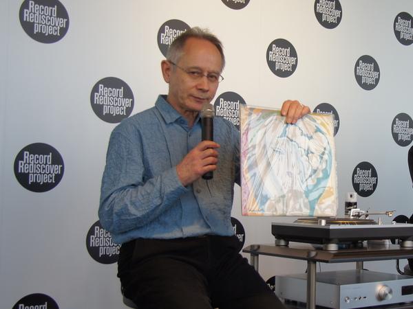 ブロードキャスターのピーター・バラカン氏が選んだのは、エリック・クラプトンのアルバム「Layla」から「Keep On Growing」
