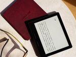 完全新型「Kindle Oasis」が登場 バッテリー内蔵カバー付きで4月27日発売