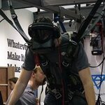 VR用PCを担いだり・空中ダイブに挑戦!(動画あり)