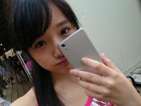 女子ペリア!夏だ海だ! つりビットの安藤咲桜ちゃんが自撮りで一本釣り【Xperia×アイドル】