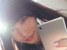 女子ペリア! PASSPO☆の根岸 愛がロックでキュートな自撮りに挑む【Xperia×アイドル】