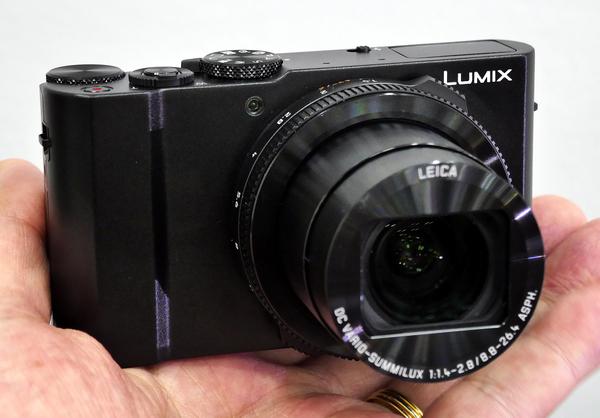 「LUMIX LX15」