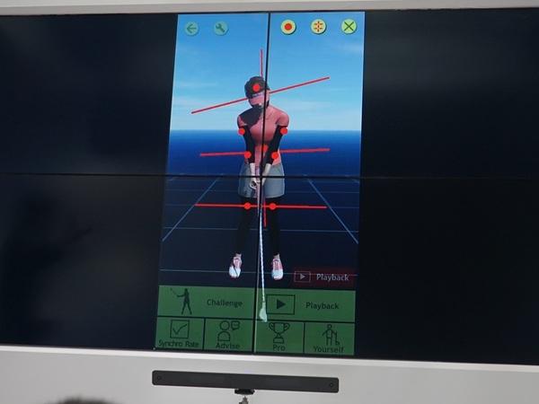 ゴルフのスイングをすると、そのデータがスマホに送られて、フォームを解析してくれる