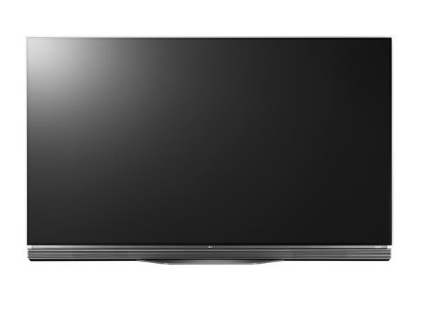 前面に20Wスピーカーと10Wウーファーを搭載する「OLED E6P」シリーズ。画面サイズは65/55V型で、55V型の実売価格は71万円前後