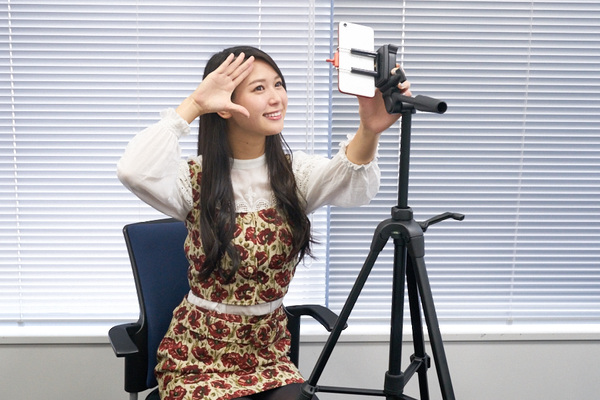インカメラ頂上決戦! 自撮りに最適なスマホはどれだ!?