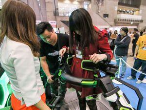 JAEPO注目のVR2筐体「VRセンス」と「UNIS VR Omni Arena」を試遊!