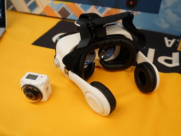 カメラを2個搭載したことでVRに対応。専用アプリでVR表示が可能になる予定とのこと