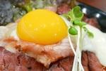 伝説のすた丼屋ローストビーフ丼×ガリマヨ!パンチがあってウマッ