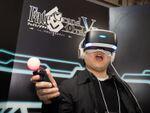 VRを体験している人の「楽しそう」感は異常