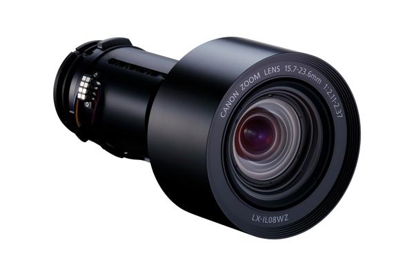 交換レンズ「LX-IL08WZ」。2.11mの距離から100インチの投射ができる