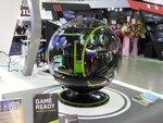 In Winブースで年内発売予定の球体型PCの試作機を見た
