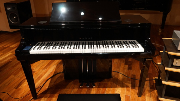 デジタルピアノ「NOVUS HYBRID NV10」