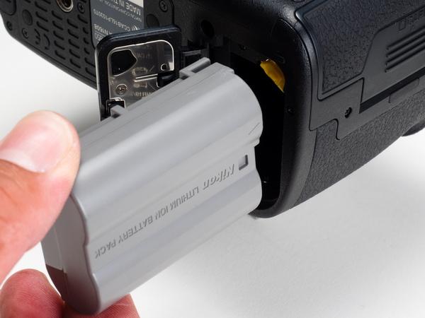 1870枚も撮影可能なバッテリー