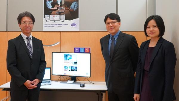 左からベンキュージャパン 代表執行役社長の菊池正志氏、本社AVP IT Display Products Business UnitのEnoch Huang氏、同じくGlobal Business Planning OfficeのValia Liu氏