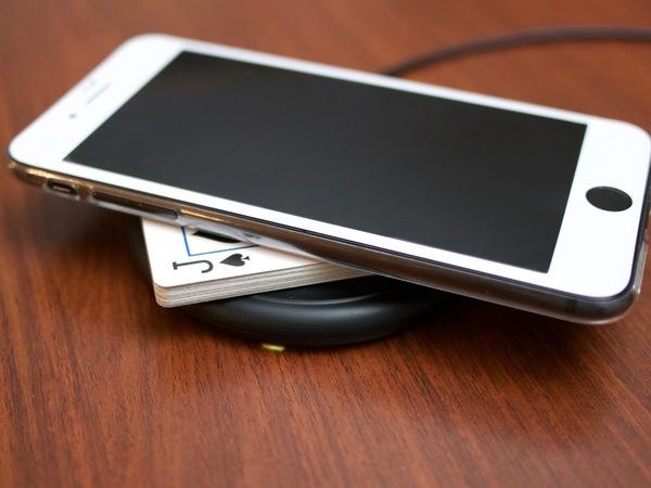 Iphone ワイヤレス 充電 【2021年最新】ワイヤレス充電器の人気おすすめ25選!iPhoneを置くだけで充電できる便利グッズ