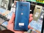 LGの縦長フラグシップスマートフォン「V30」がアキバで販売中!