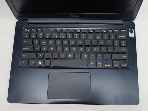 13インチモデルのキーボード部。右上に指紋認証ユニットを搭載可能