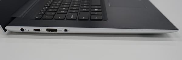 14インチモデルの左側面。USB Type-CやHDMI端子がある