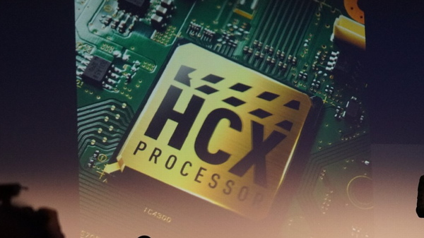 高画質回路「HCX3プロセッサ」で正確な色を再現