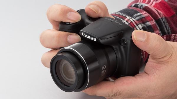 光学45倍でこの小ささで2.5万円というお買い得な「PowerShot SX430 IS」