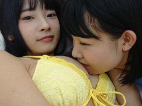 Fカップ+Gカップのスーパースロー!  「美少女伝説」朝倉恵梨奈がXperiaで水着自撮り!