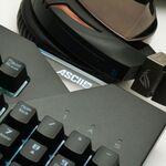 PCゲーマー必見の完成度! ASUS ROG Strix新キーボード・ヘッドセット速攻レビュー