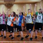 アプガ(仮)がファンと100人で「反復横跳び」ギネス世界記録に挑戦!