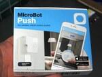 どんな機器もIoT化する離れた場所からボタンを押せる指ロボットが発売中