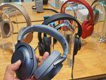 カラフルかつ高機能なノイキャンヘッドフォン「WH-H900N」:Xperia周辺機器
