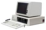 1981年発売の初代IBM PCの未開封品が日本で発掘された