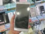 6.8型サイズの巨大スマホ「ZenFone 3 Ultra」の海外版が上陸