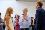 アップル新iPhone発売が危ぶまれる国際事情