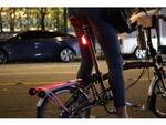 尾灯のカスタマイズから盗難防止まで! 究極の自転車用テールライト「Rayo(ラヨ)」