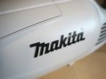 マキタのバッテリーが欲しくてコードレス掃除機を買いました