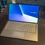 画面占有率95%! 小型ながらパワフルな新ZenBookが発表!