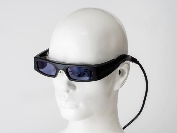 HMDの装着イメージ