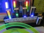 音声検知やイルミネーションで光る10セグLEDのステキアクセサリー