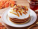 ローソン3層のメープルクリームパンケーキ