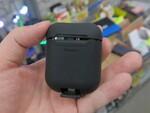 AirPodsをワイヤレス充電対応にする1500円の激安ケース