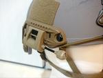 米軍特殊部隊ヘルメットにライトを取り付けてみました