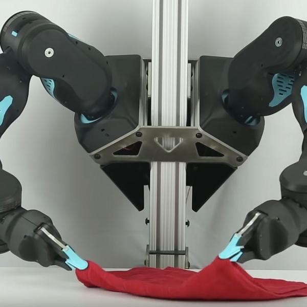 洗濯物もたためる2本腕ロボット「Blue」が2020年に登場しそう!