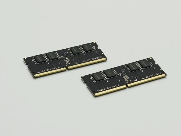 メモリーは4GBのDDR4 SO-DIMMの2枚セット