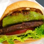 ギョギョッ! マグロを使った変わり種ハンバーガー登場