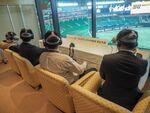 ヤフオク!ドームで5Gを活用したVR野球観戦を体験
