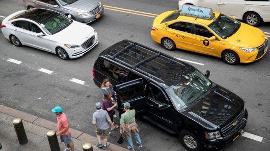 ウーバーとリフト普及で渋滞が悪化?/アマゾン倉庫が自動化で5倍速に