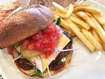 7年ぶり復活のガストバーガー「肉」の満足度が半端ない