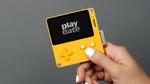 回せるハンドル付きのゲーム機「Playdate」が2020年ごろに登場