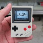 Apple Watchがゲームボーイに変身するレトロでキュートな充電台