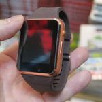 Apple Watchっぽいスマートウォッチがカメラ付きで1500円